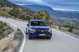 SUV cỡ trung Volkswagen Touareg R động hybrid trình làng
