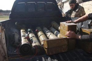Lính Syria 'bỏ của chạy lấy người', phe đối lập thu nhiều vũ khí khủng
