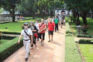 Mở lại đồng loạt điểm du lịch, Hà Nội đẩy mạnh cách phòng dịch Covid - 19 cho khách