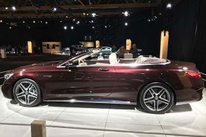 Vẻ đẹp tuyệt mỹ của xe mui trần Mercedes mạnh 603 mã lực, giá hơn 4 tỷ