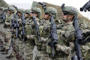 Thổ Nhĩ Kỳ cho quân đội tấn công quân Syria, nhằm cả vào máy bay Nga