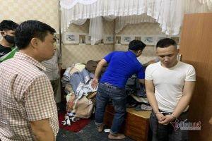 100 cán bộ chiến sĩ ập vào bắt 'trùm' ma túy ở Quảng Bình sau 1 năm theo dõi