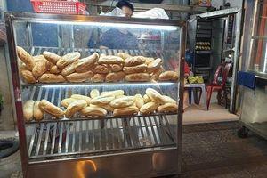 Bán bánh mì trước nhà có cần đăng ký thủ tục?