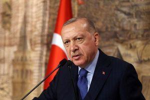 Tình hình Syria căng thẳng, Tổng thống Thổ Nhĩ Kỳ thăm Nga, EU họp khẩn