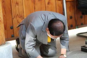 Điều giáo chủ Tân Thiên Địa cần làm không chỉ là xin lỗi