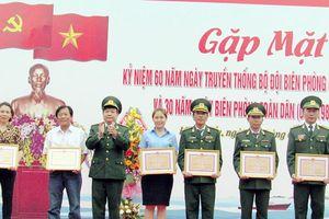 Kỷ niệm 61 năm Ngày truyền thống Bộ đội Biên phòng (3-3-1959 - 3-3-2020): - Những thầy thuốc quân hàm xanh