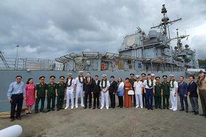 Những hình ảnh nhóm tàu sân bay tác chiến Theodore Roosevelt đến Đà Nẵng