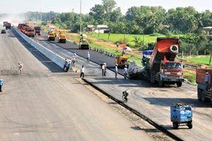 Giám sát chặt chất lượng, tiến độ các dự án giao thông trọng điểm