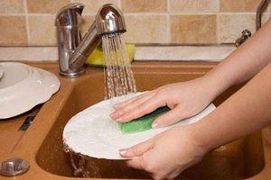 Những sai lầm khi dùng nước rửa chén rước bệnh cho cả nhà
