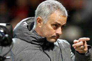 Mourinho tự hại mình khi tạo ra Pogba mới