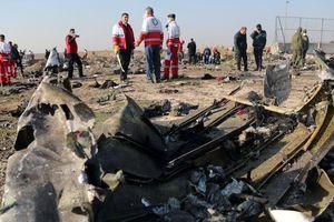 Vụ bắn nhầm máy bay chở 176 người ở Tehran: Iran cam kết bàn giao 2 hộp đen cho Ukraine