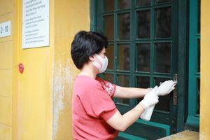 Phun khử khuẩn các khách sạn nơi khách nhiễm SARS-CoV-2 đã lưu trú