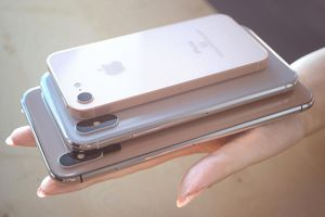 Apple sắp ra mắt iPhone giá rẻ?
