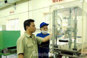 Kỹ sư Việt 8X hoàn thiện công nghệ hạt lửa quân sự hiện đại