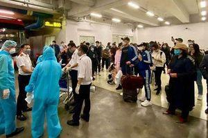 Những người tiếp xúc gần với bệnh nhân 51, 54 đã đi những đâu khi đến Quảng Bình?