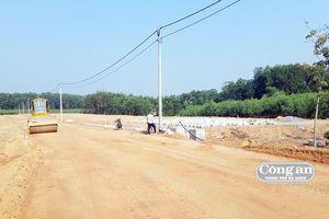Nhiều vướng mắc trong giải phóng mặt bằng cao tốc Cam Lộ- La Sơn