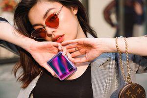 Công nghệ và thời trang 'hòa ca' trong bản hợp xướng của Galaxy Z Flip