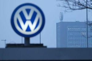 Hãng sản xuất ô tô lớn nhất thế giới tạm ngừng hoạt động tại châu Âu