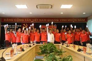 CLB Bóng đá Viettel ủng hộ phòng, chống dịch bệnh Covid-19