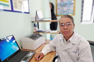 Bác sĩ 70 tuổi tham gia chống dịch Covid-19: Vì ý nghĩa, trách nhiệm nghề y