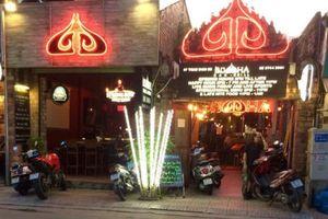 Về quán bar lấy chữ 'Buddha' để đặt tên bảng hiệu
