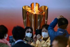 Ngọn đuốc Olympic vẫn chu du khắp nước Nhật