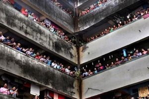 Ấn Độ phong tỏa 75 khu vực, 1,3 tỉ người chịu giờ giới nghiêm