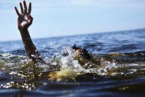 An Giang: Nhóm trẻ rủ nhau ra kênh tắm, một cháu nhỏ đuối nước tử vong