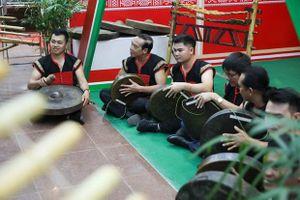 Tăng cường làm giàu kho tàng âm nhạc truyền thống Việt Nam