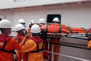 Cứu kịp thời ngư dân đau ruột thừa trên biển