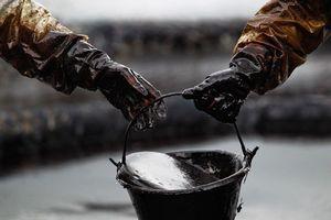 Nga chấp nhận giảm thêm giá dầu cho Belarus