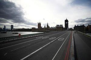 Hình ảnh Anh phong tỏa toàn quốc để chống Covid-19