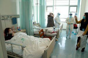 Covid-19: Tín hiệu khởi sắc trở lại cuộc sống bình thường của các bệnh nhân hồi phục tại Vũ Hán