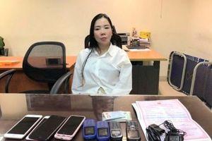 Hà Nội: Trốn truy nã trong khách sạn hạng sang, 'nữ quái' bị tóm gọn