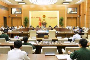 Công bố bốn nghị quyết của Ủy ban Thường vụ Quốc hội