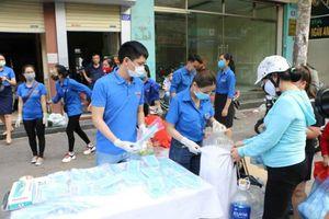 Thanh niên tình nguyện Hải Phòng tiếp sức đẩy lùi COVID-19