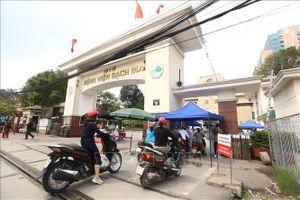 Hạn chế chuyển tuyến người bệnh lên Bệnh viện Bạch Mai