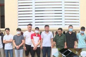 Con rể mượn nhà bố vợ tổ chức cho 15 con bạc sát phạt thì bị công an bắt quả tang
