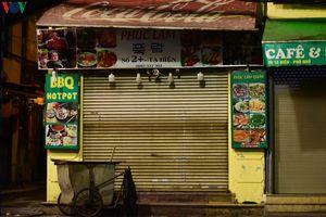 'Kinh tế đêm' phố cổ Hà Nội ngưng hoạt động, phòng chống dịch Covid-19
