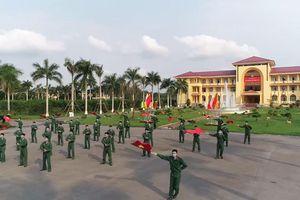 Chiến sĩ nhảy điệu rửa tay trên nền nhạc 'Việt Nam ơi! Đánh bay Covid'