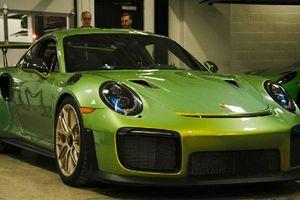 'Soi' Porsche 911 GT2 RS cá nhân hóa độc nhất tại Canada