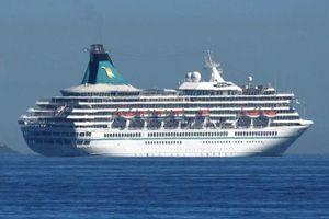 Australia yêu cầu du thuyền Artania rời khỏi vùng biển nước này
