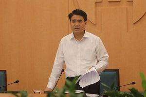 Hà Nội yêu cầu quận Tây Hồ rút kinh nghiệm vì để dân đổ xô đi lễ phủ