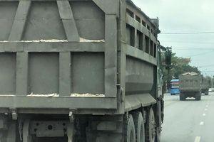 Quảng Ninh: Cận cảnh đoàn xe 'hổ vồ' cơi nới khoang thùng chở đất đá tung hoành trên QL 18