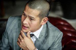 Đạo diễn Việt Tú: Xin mọi người ở nhà thay vì đến viếng cha tôi
