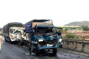 Hiện trường tai nạn liên hoàn ở Bình Thuận, 1 người chết, 3 bị thương