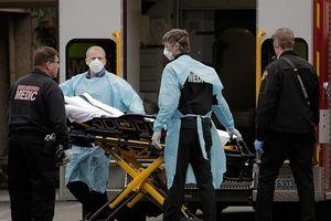 Mỹ và châu Âu đối mặt với kịch bản tồi tệ nhất cho dịch Covid-19