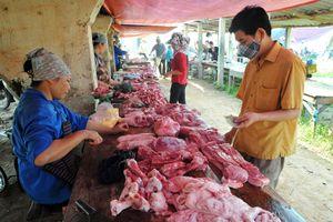 Từ 1/4, phải giảm giá thịt lợn hơi xuống 70.000 đồng/kg