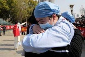 Nhóm nhân viên y tế đầu tiên cứu trợ Vũ Hán đã hoàn thành nhiệm vụ