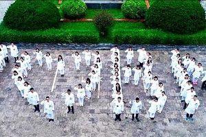 Hà Nội chia sẻ, hỗ trợ tối đa Bệnh viện Bạch Mai chống dịch Covid-19
